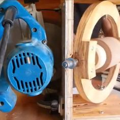 More Power Tool Hacks: Creating a Wooden Sphere... With a Circular Saw!