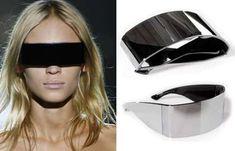 Maison Martin futuristic sunglasses called incognito The original Ray Ban aviator in Black New Ray Ban Sunglasses, Sunglasses Outlet, Sunglasses Women, Crazy Sunglasses, Futuristic Sunglasses, Shoulder Jewelry, Runway Fashion, Fashion Tips, Men's Fashion