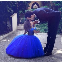 Will Herondale and his daughter Lucie