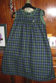 Robe taille 6/8 ans, tissu écossais de chez Emmaüs