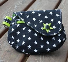 Knitting Patterns Bag For a short time Schnabelina has a free manual for sewing a clutch. You can between … Bag Patterns To Sew, Knitting Patterns, Sewing Patterns, Ceinture Louis Vuitton, Diy Accessoires, Maila, Wallet Pattern, Everyday Bag, Little Bag