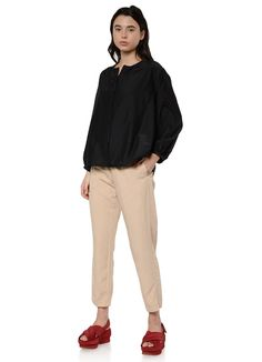 Pomandere - 9291 Round Neck Shirt in Black – gravitypope Best Black Friday, Everyday Fashion, Khaki Pants, Normcore, Puff Sleeves, Front Button, Customer Service, Loose Fit, How To Wear