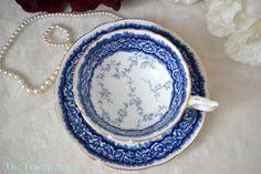 Coalport blauwe en witte Vintage theekopje en door TheTeacupAttic