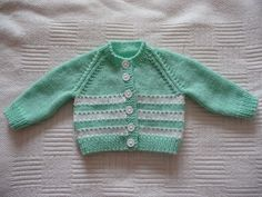 Green baby cardigan with white stripes. Baby Cardigan Knitting Pattern Free, Baby Boy Knitting Patterns, Knitted Baby Cardigan, Knit Baby Sweaters, Cardigan Pattern, Knitting For Kids, Striped Cardigan, Striped Knit, Baby Knits