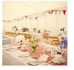 red gingham wedding table