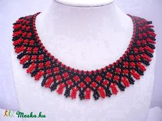 Traditional hungarian jewelry set: black-red color by Evasjewelery Beaded Statement Necklace, Seed Bead Necklace, Beaded Choker, Seed Beads, Beading Patterns Free, Beaded Bracelet Patterns, Beaded Collar, Collar Necklace, Handmade Beads