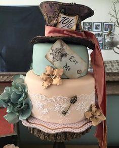 Vintage Alice Fondant Cake