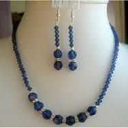 Image result for collares y  aretes en nacar picada