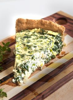 Torta cremosa de espinafre e alho-poró (quiche vegana) - Receitas vegan - Veggie Recipes, Vegetarian Recipes, Healthy Recipes, I Love Food, Good Food, Easy Cooking, Cooking Recipes, Quiche Vegan, Tortillas Veganas