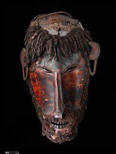 Mask (Le op) Date: mid to late 19th century Geography: Australia, Erub Island, Queensland, Torres Strait Culture: Torres Strait Islander Medium: Turtle shell, hair, fiber, pigment
