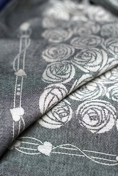 Roses zen Limited Edition Woven Wraps Database