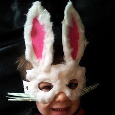 A little last-minute substitute for an Easter Bonnet: an Easter Bunny Mask that takes less than half an hour to make. Template supplied.