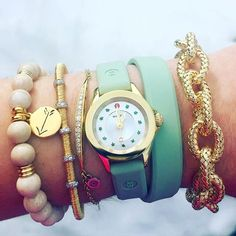 The new CAPE Mini is the ultimate in versatility - perfect stacked or worn alone. #shopMICHELE at  @rumanoffsfinejewelry #MICHELEwatches