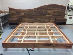 Bed Frame Design, Bedroom Bed Design, Bedroom Furniture Design, Bed Furniture, Pallet Furniture, Diy King Bed Frame, Bed Frame Plans, Floating Bed Frame, Timber Beds