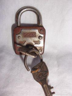 Candados Antiguos Llaves Y Algo Mas Key Lock Locks Y Key