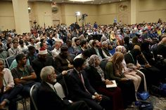 """http://aboutislam.net/muslim-issues/america/n-america-muslims-meet-chicago-convention/?utm_term=&utm_content=buffer77908&utm_medium=social&utm_source=pinterest.com&utm_campaign=buffer   American Muslims meet in Chicago for convention themed, """"Hope and Guidance Through the Qur'an."""""""