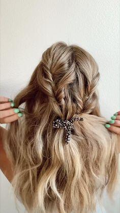 Pretty Hairstyles, Easy Hairstyles, Hairdos, Updos, Good Hair Day, Great Hair, Hair Videos, Hair Looks, Hair Trends