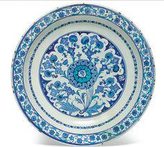 Vente christie's Londres 23 04 2015 Ceramic Tile Art, Ceramic Pottery, Pottery Art, Art Decor, Decoration, Ottoman, Arabesque Pattern, Turkish Tiles, White Porcelain
