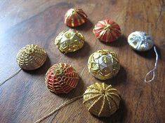 """Passimentarie buttons (1"""") 18th Century using 'plate', 'pearl' & spangles"""