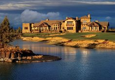 Pronghorn Club & Resort