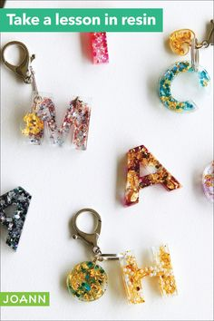 Best keychain ever! Pour liquid resin into a letter-shaped mold, then sprinkle in lots of shimmery things to give it some bling. Liquid Resin, Uv Resin, Resin Art, Diy Resin Crafts, Crafts To Do, Arts And Crafts, Diy Letters, Letter A Crafts, How To Make Resin