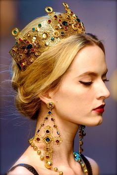 chiffonandribbons:    Dolce and Gabbana F/W 2013