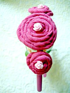 Bentita de par Pink (24 LEI la irinaindira.breslo.ro)
