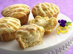 Treat your family to muffins with a surprise cheesecake filling.  It�s easy when you start with a no-fail mix.