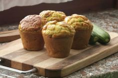 Exquisitos muffins de queso y hierbas ,.- http://informe21.com/gastronomia/exquisitos-muffins-de-queso-y-hierbas