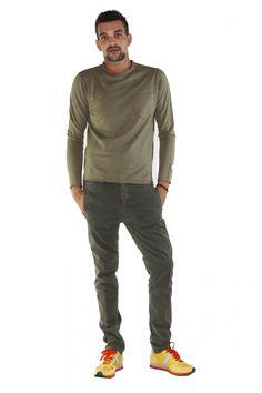 DANIELE ALESSANDRINI- www.assuntasimeone.com  T-SHIRT IN MAGLINA DI COTONE DANIELE ALESSANDRINI  100% Cotone Made in italy  spedizione gratuita assicurazione gratuita reso gratuito  CLICCA SUL LINK PER ACQUISTARE IL PRODOTTO: http://www.assuntasimeone.com/it/shop/nuove-collezioni-inverno-t-shirt/2848/t-shirt-in-maglina-di-cotone-daniele-alessandrini.html