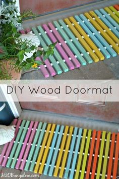 Furniture Layouts With The Lake House Diy Summer Wood Doormat Brightens Up A Doorway With Fun Fresh Summer Colors. Simple How To Instructions Shared In This Post At Wood Projects For Beginners, Do It Yourself Projects, Diy Wood Projects, Wood Crafts, Projects To Try, Diy Crafts, Welding Projects, Diy Holz, Diy Interior