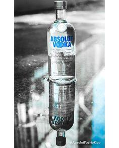 Vodka 100% elaborado de agua protegida contra las impurezas. #SpringBreak con #AbsolutPuertoRico #InternationalWaterDay