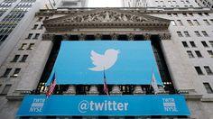 Microblogsite Twitter heeft een superstart gemaakt op de beurs van Wall Street. Twitter bracht 70 miljoen aandelen op de beurs en verkocht die aan een openingsprijs van 26 dollar per stuk. Het aandeel boekte meteen een winst van 73 procent en sloot af op 44,90 dollar. Dat betekent dat de sociaalnetwerksite meteen erg veel geld waard is. Met de slotkoers van vandaag is het bedrijf 25 miljard dollar waard.