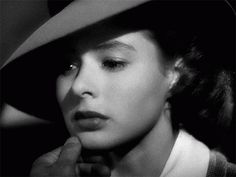 Here's Looking at You Kid black and white movie romance gif classic drama bogart casablanca ingrid bergman Ingrid Bergman Casablanca, Casablanca 1942, Golden Age Of Hollywood, Classic Hollywood, Old Hollywood, Vintage Movie Stars, Vintage Movies, Picture Music Video, Isabella Rossellini