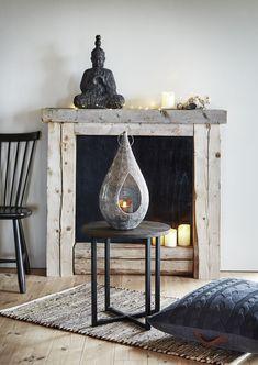 Kauniin lyhdyn upea design tuo mieleen Itämaat. Sen voi ripustaa tai asettaa pöydälle tai lattialle.