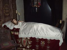 A depiction of Katherine Parr lying in state, at Sudeley Castle.
