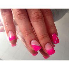 hot pink nails I did! lovin spring #nails #pink