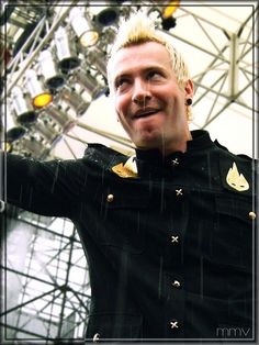 trevor mcnevan, thousand foot krutch