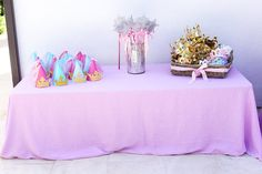 Party hats, crowns, tiaras, and magic wands were given out to each of Sophia's guests.  Source: Melody Melikian Photography