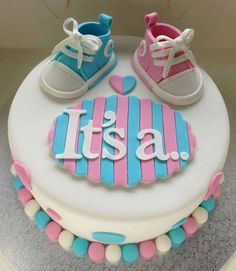 Baby Shower Cake with Blue and Pink - Gender reveal cake by elba Torta Baby Shower, Unisex Baby Shower Cakes, Deco Baby Shower, Fiesta Baby Shower, Shower Bebe, Shower Party, Baby Shower Parties, Baby Shower Cakes Neutral, Shower Games