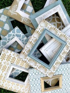 set of 9 distressed frames multiple patterns in robins egg, metallic gold, & heirloom white Painted Picture Frames, Frames On Wall, Home Confort, White Wood Table, Distressed Frames, Frame Crafts, Home And Deco, Diy Photo, Photo Displays