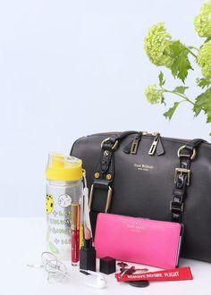 Mitä laukussani on? Hermes Birkin, Bags, Fashion, Handbags, Moda, Dime Bags, Fasion, Totes, Fashion Illustrations