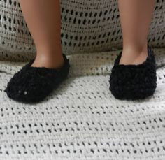 Shoes or slippers fit American Girl and other 18 by Susansweaters, $1.50