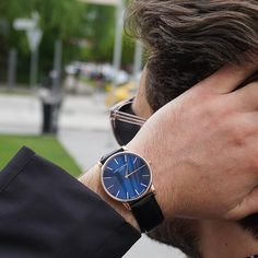 """78 Synes godt om, 4 kommentarer – Lars Larsen Watches (@larslarsenwatches) på Instagram: """"The perfect statement piece 👑 Our new blue dials are now available #LW47 #larslarsenwatches -…"""""""