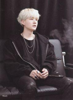 My name is Park Jimin.My daddy named is Min Yoongi.I love him since w… # Fiksi Penggemar # amreading # books # wattpad Bts Suga, Min Yoongi Bts, Bts Bangtan Boy, Jungkook Selca, Namjoon, Seokjin, Hoseok, Daegu, Yoonmin
