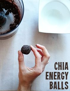 Small energy balls made from chia seeds, almonds and dates. Perfect for snacking or . - Small energy balls made from chia seeds, almonds and dates. Perfect for snacking or as breakfast! Paleo Dessert, Pumpkin Energy Balls, Snack Mix Recipes, Eat Smart, 100 Calories, Protein Snacks, Healthy Fruits, Paleo Breakfast, Going Vegan