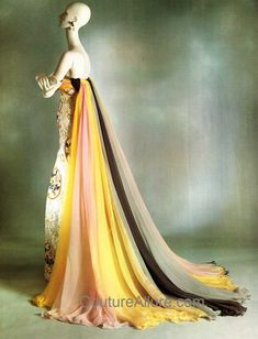 The Madame Imperiale evening gown sketched at Jean Desses by Valentino Garavani in 1954
