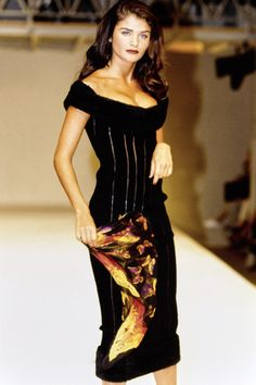 Azzedine Alaïa Fall 1991 Ready-to-Wear Fashion Show - Helena Christensen