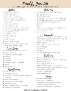 Decluttering Checklist - Declutter your home with this simple checklist! Use these easy decluttering tips to get organized and become clutter free! These organizing and decluttering ideas will give you some inspiration for living with less and organizing your whole house. Get 2 free decluttering printables in the post! #joyfullygrowingblog #declutter #organizing #freeprintables