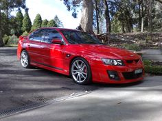 HSV Clubsport VZ Holden Muscle Cars, Aussie Muscle Cars, Top Cars, Motocross, Dream Cars, Chevrolet, Ford, Car Stuff, Specs